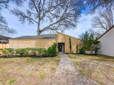 Houston Single Family Home For Sale: 12800 Briar Forest Drive #59