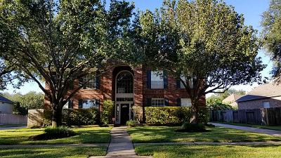 Seabrook Single Family Home For Sale: 2401 Duhon Place
