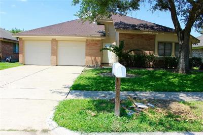 Pasadena Single Family Home For Sale: 6503 Fairbourne Drive