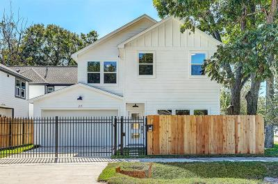 Single Family Home For Sale: 211 Blueberry