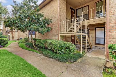 Houston Condo/Townhouse For Sale: 9000 Bissonnet Street #305