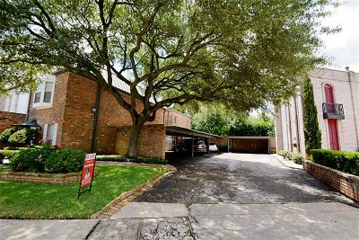 Houston Condo/Townhouse For Sale: 7935 Woodway #B
