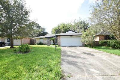 Friendswood TX Single Family Home For Sale: $169,900