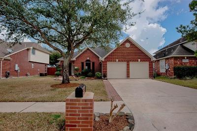 La Porte Single Family Home For Sale: 11032 Mesquite Drive