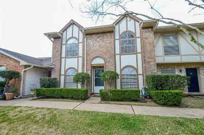 Missouri City Condo/Townhouse For Sale: 48 Wellington Court
