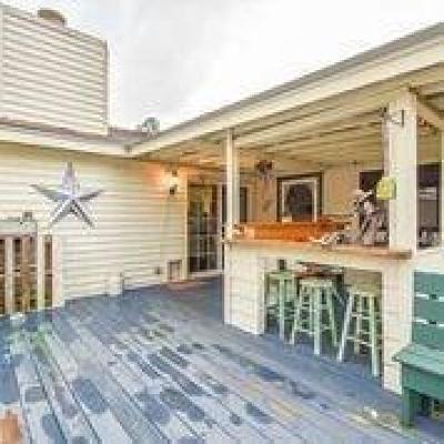 Single Family Home For Sale: 25473 White Oak Lane