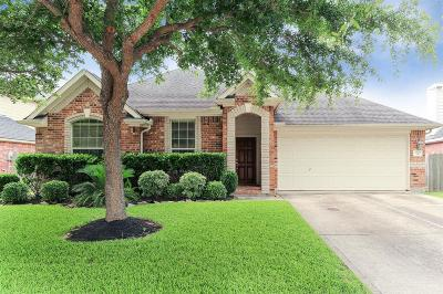 Richmond Single Family Home For Sale: 3946 Eastland Lake Dr