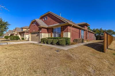 Spring Condo/Townhouse For Sale: 19602 Candlewood Oaks Ln Lane