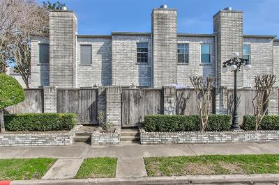 Houston Condo/Townhouse For Sale: 4001 Tanglewilde Street #702