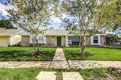 Friendswood Single Family Home For Sale: 15843 Bougainvilla Lane