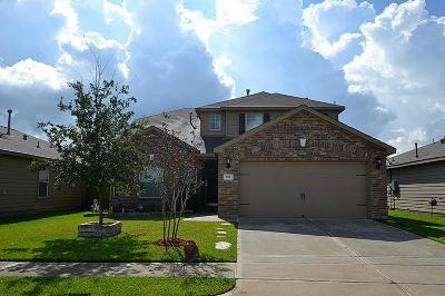 Baytown Single Family Home For Sale: 922 Marigold Road