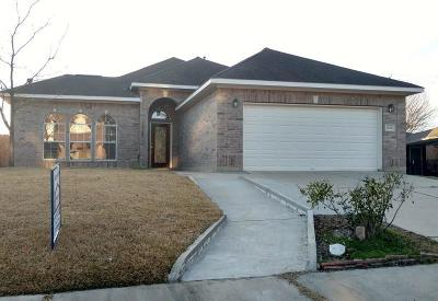 La Porte Single Family Home For Sale: 3502 Bayou Forest Drive