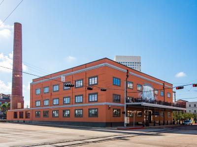 Condo/Townhouse For Sale: 104 Moody Avenue #201