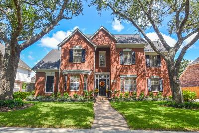 Sugar Land Single Family Home For Sale: 3922 Bountiful Crest
