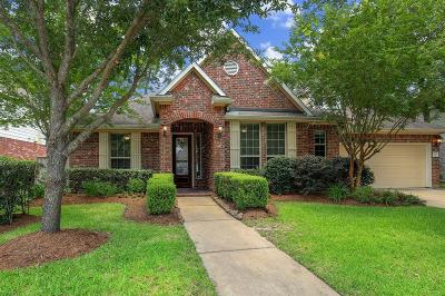 Spring Single Family Home For Sale: 31111 Lakeview Bend Lane