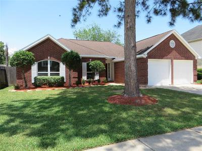 La Porte Single Family Home For Sale: 8811 Huntersfield Lane