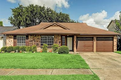 La Porte Single Family Home For Sale: 10806 Mesquite Drive