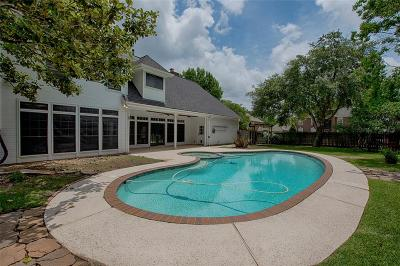 Friendswood Single Family Home For Sale: 1406 Silverleaf Drive