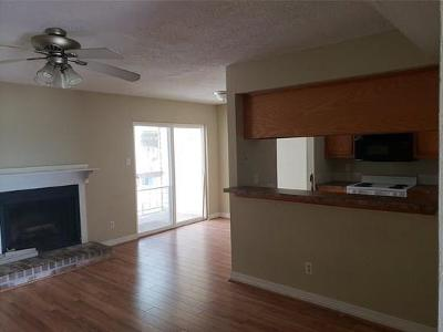 Texas City Condo/Townhouse For Sale: 7600 Emmett F Lowry Expressway #904