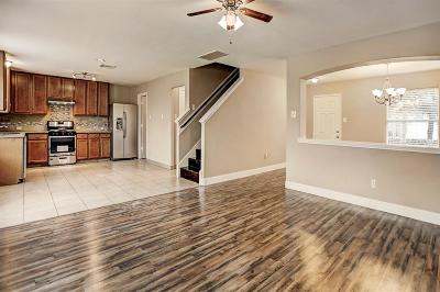 Houston Single Family Home For Sale: 730 Remington Walk Court