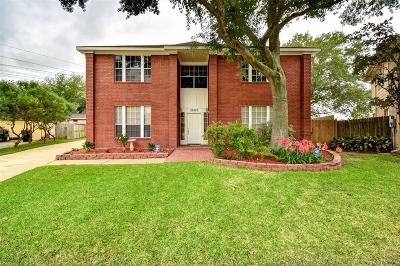Richmond Single Family Home For Sale: 23003 N Waterlily Drive