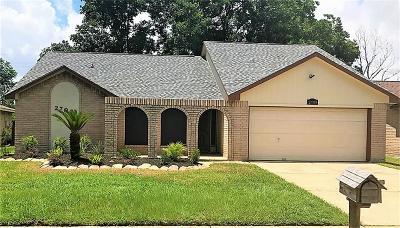 Deer Park Single Family Home For Sale: 2709 Park Shadow Lane