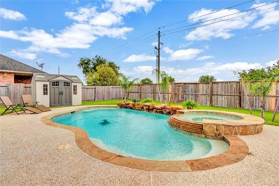 Galveston County Single Family Home For Sale: 6166 Newcastle Lane