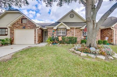 Pearland Condo/Townhouse For Sale: 626 W Country Grove Circle