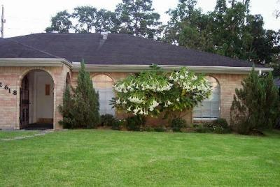 Spring Single Family Home For Sale: 2618 Leichester Drive