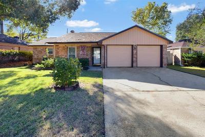 Montgomery County Single Family Home For Sale: 29315 Loddington St