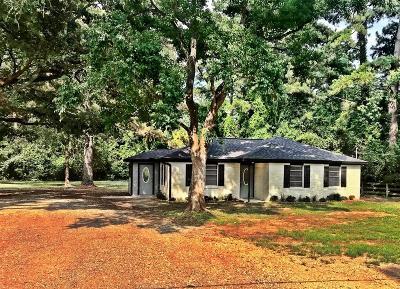 Magnolia Single Family Home For Sale: 32526 Wright Road