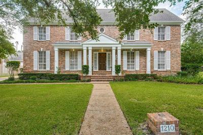 Single Family Home For Sale: 1210 Bluebonnet Drive
