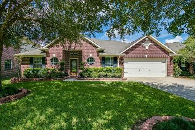 League City, League Single Family Home For Sale: 1056 Gladstone Drive