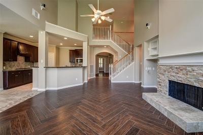 Friendswood Single Family Home For Sale: 3105 Maple Hill Drive