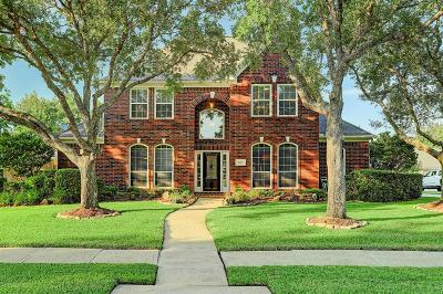Friendswood Single Family Home For Sale: 1803 Stonecreek Circle