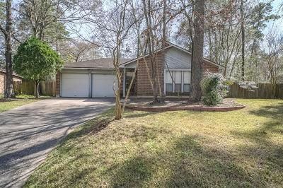 Montgomery County Single Family Home For Sale: 32 Field Flower Court