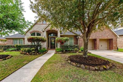 Lakeshore Single Family Home For Sale: 16103 Burberry Circle