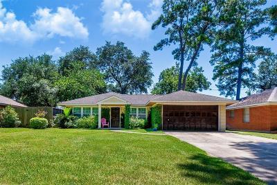 Oak Forest Single Family Home For Sale: 1807 De Milo Drive