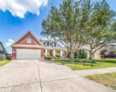 League City Single Family Home For Sale: 5605 Magnolia Green Lane