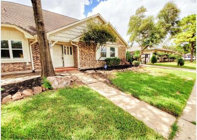 Houston Single Family Home For Sale: 7614 Pella Drive