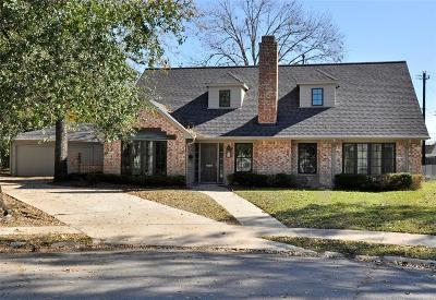Houston Single Family Home For Sale: 10603 Shady River Drive