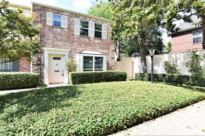 Houston Condo/Townhouse For Sale: 5823 Valley Forge Drive #93
