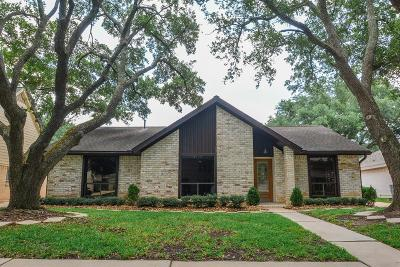 Sugar Land Single Family Home For Sale: 2739 River Birch Drive