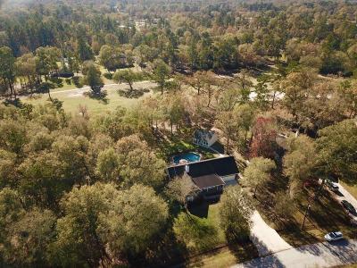Huffman Single Family Home For Sale: 26715 Fairway Oaks Court