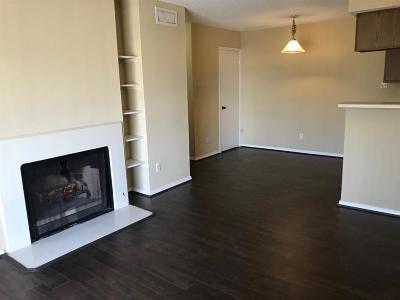Galveston County, Harris County Condo/Townhouse For Sale: 2750 Holly Hall Street #612