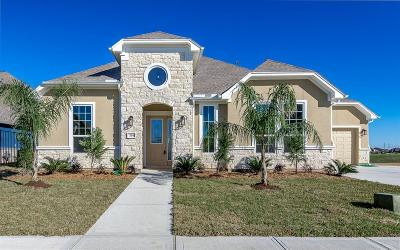 Kemah TX Single Family Home For Sale: $749,000