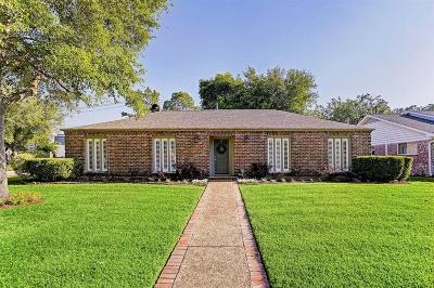 Houston Single Family Home For Sale: 10703 Cedar Creek Drive