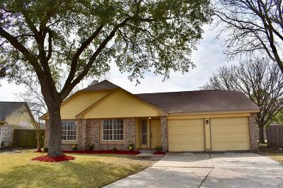 La Porte Single Family Home For Sale: 10816 Mesquite Drive