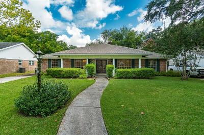 Single Family Home For Sale: 1431 Saxony Lane