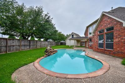Richmond Single Family Home For Sale: 22130 Skyridge Lane